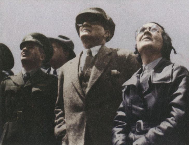 Atatürk niçin uçağa binmezdi? 5